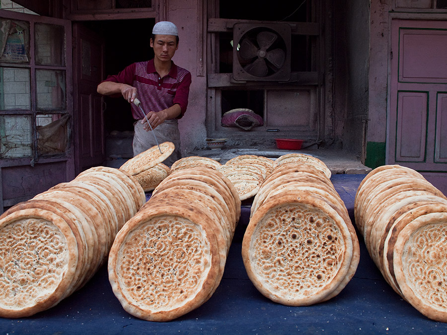 China, Uyghur bread