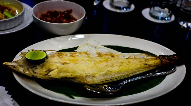 grilled-fish-banana-leaf
