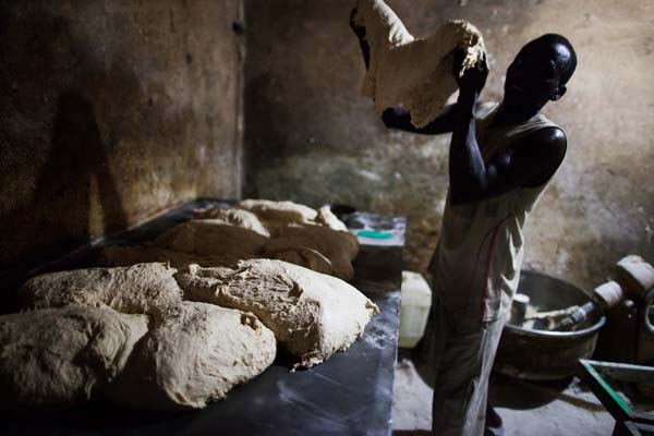 Sudan, bread-maker