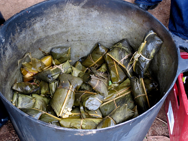 tamales-banana-leaf